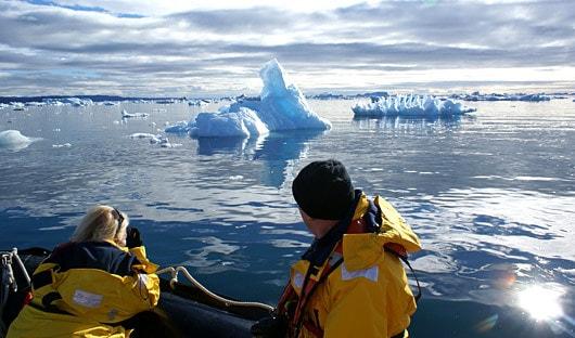 Zodiac Cruise Icebergs Greenland