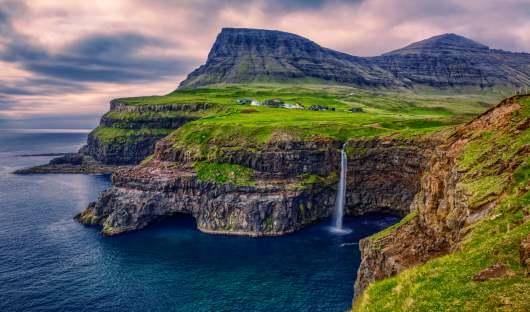 shutterstock_1141422314_vagar faroe islands_resized