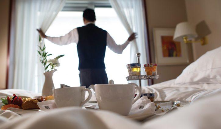 In suite breakfast Silver Cloud