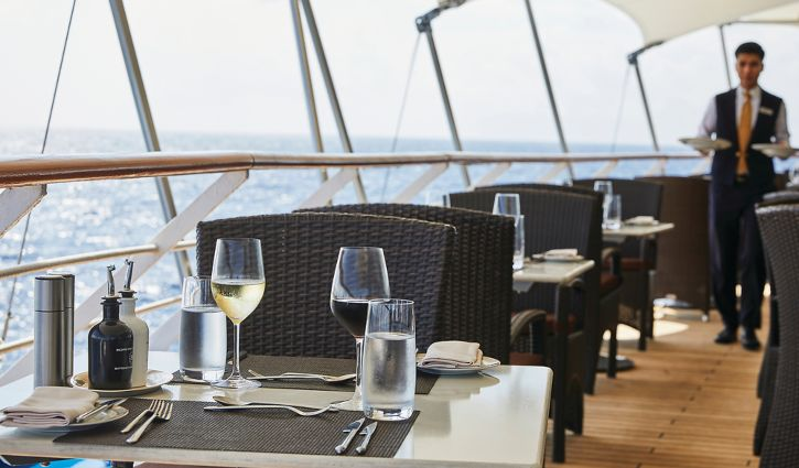Silverwind Outdoor Dining