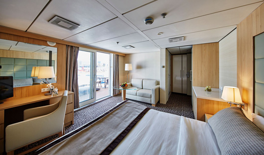 Balcony Suite (inside) 1 ocean diamond
