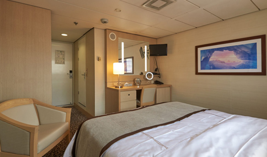 Cabin twin window ocean diamond