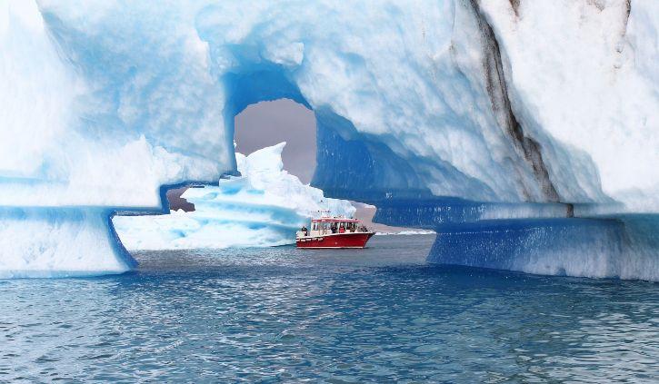 Iceland Pro Cruises - Illulisat Boat Trip