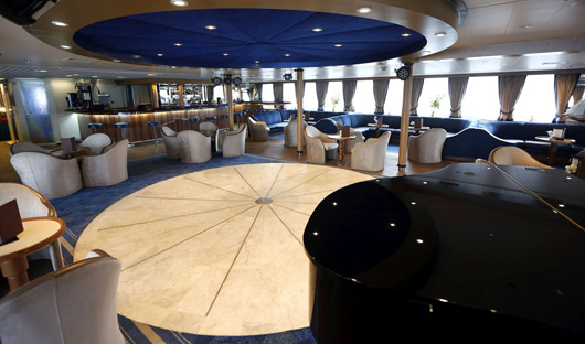 Main Lounge bar Ocean Diamond Iceland Pro cruises only