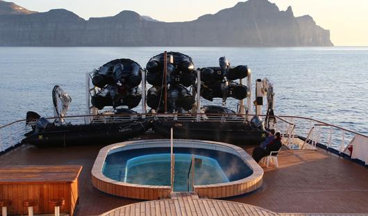 Pooldeck Ocean Diamond Iceland Pro cruises only