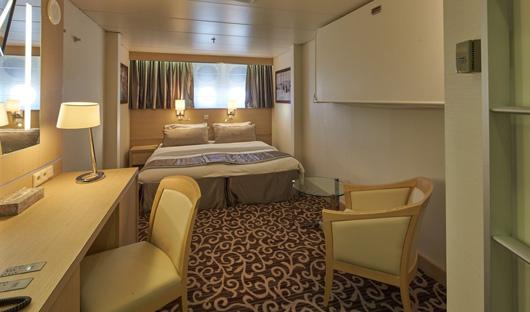 Porthole Ocean diamond iceland pro cruises